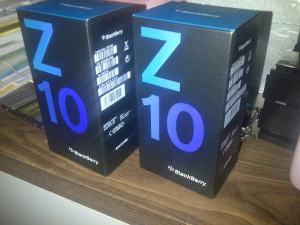 WTS:BLACK BERRY Z10,Q10,APPLE IPHONE 5 64GB SAMSUNG GALAXY S4 S3,
